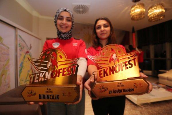 teknofest-birincileri-baskan-sandikciyi-ziyaret-etti-samsun-haber4.jpeg